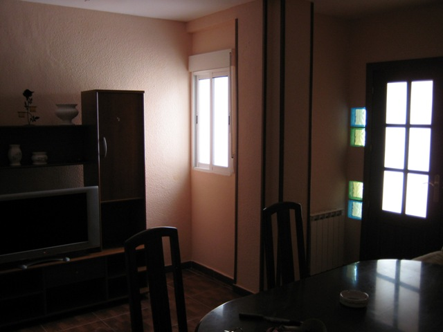 Venta o alquiler de piso en linares zona las ocho puertas for Pisos de alquiler en linares