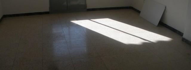 Venta de piso con ascensor en Linares, zona Avenida de Andalucía