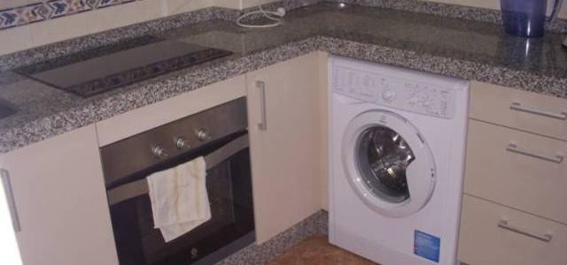 Venta de piso en Motril, Granada, zona Varadero