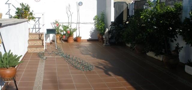 Venta de dúplex con piscina privada en Linares, zona Centro