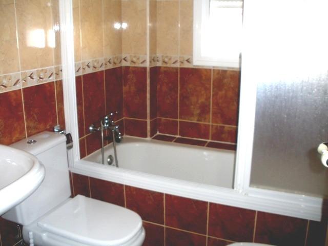 Alquiler piso amueblado en linares calle baeza inmobitec for Alquiler pisos linares