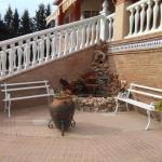 Venta de chalet con piscina en Linares, zona Carretera de Baños